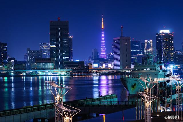 東京タワー「ホワイト・ダイヤモンド」の特別ライティング