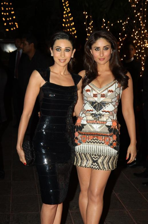 Bollywood Actress Kareena Kapoor Hot Sizzling Legs Show In Black Mini Dress