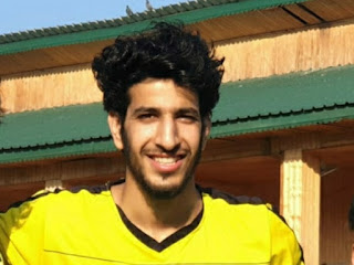 Meet Aaqib Amin: A Robust Defender and the Emerging footballer from Bandipora