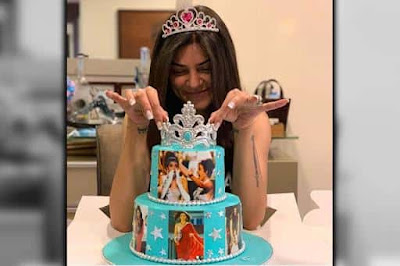 Sushmita Sen Celebrates 25 Years Of Winning Miss Universe