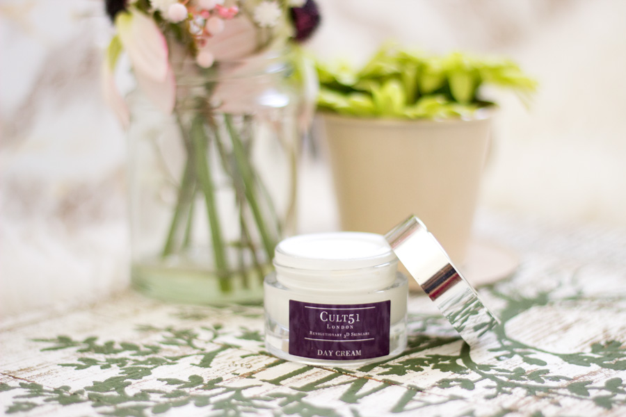 FashStyleLiv: Cult 51 Revolutionary 3D Day Cream Review