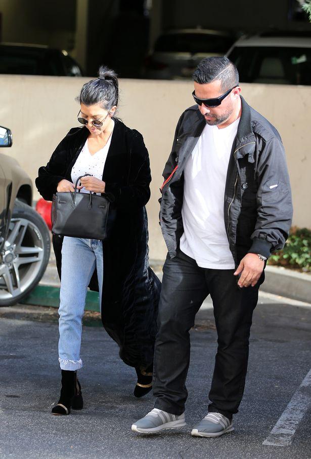Kourtney-Kardashian-steps-up-her-secretary-team-with-a-personal-bodyguard