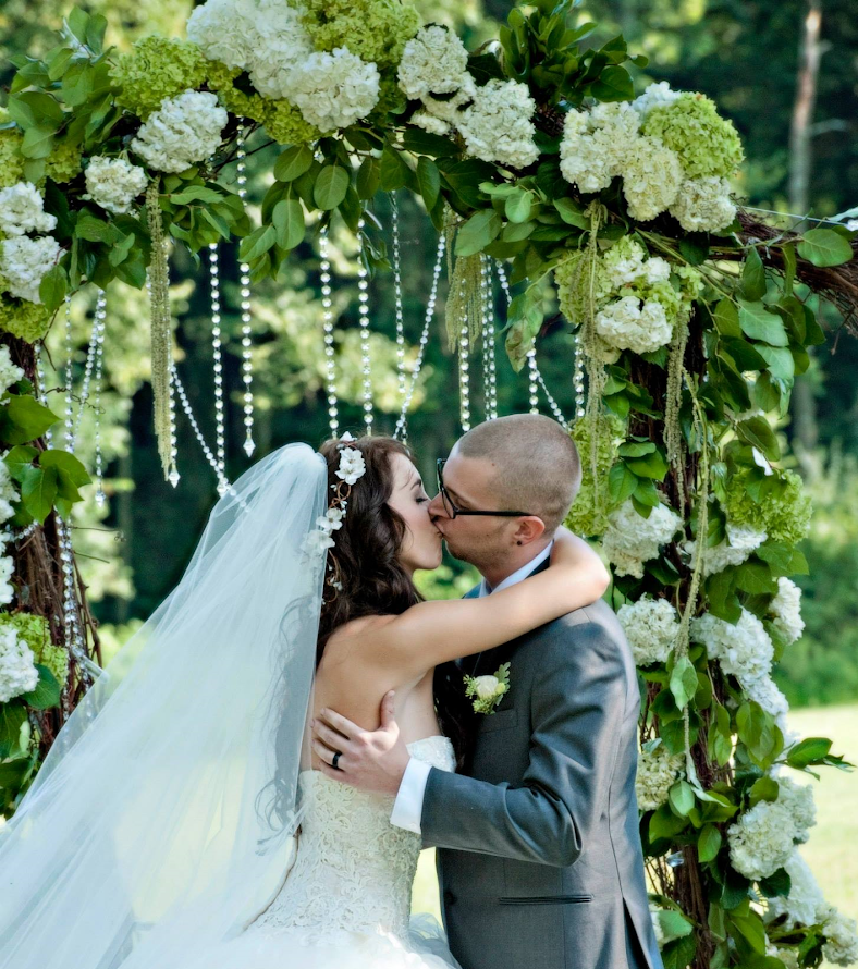 Easy Diy Wedding Arch: Brittany And Justin's DIY Wedding: How To Make A Grape