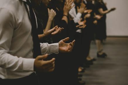 Berdoa dan Bersyukur