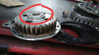 Baca juga Spesifikasi Honda CRF150L yang Siap Menjelajah Alam Indonesia Daftar Diameter Piston Berbagai Motor  Cara Membaca Kode Kerusakan Pada Motor Injeksi Dilaiat Dari Lampu MIL