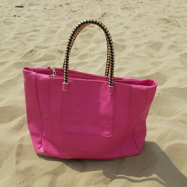bright pink hand bag, shoulder bag, tote bag, shopper
