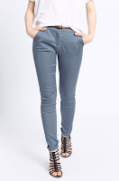 pantaloni-femei-din-colectia-medicine-4