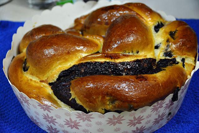 עוגת שמרים זהובה ויפה