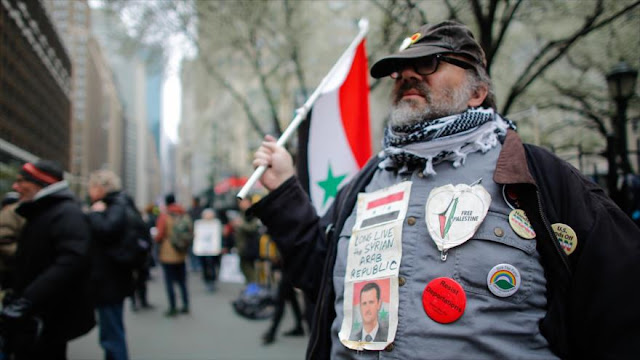 Estadounidenses salen a las calles para condenar ataques a Siria