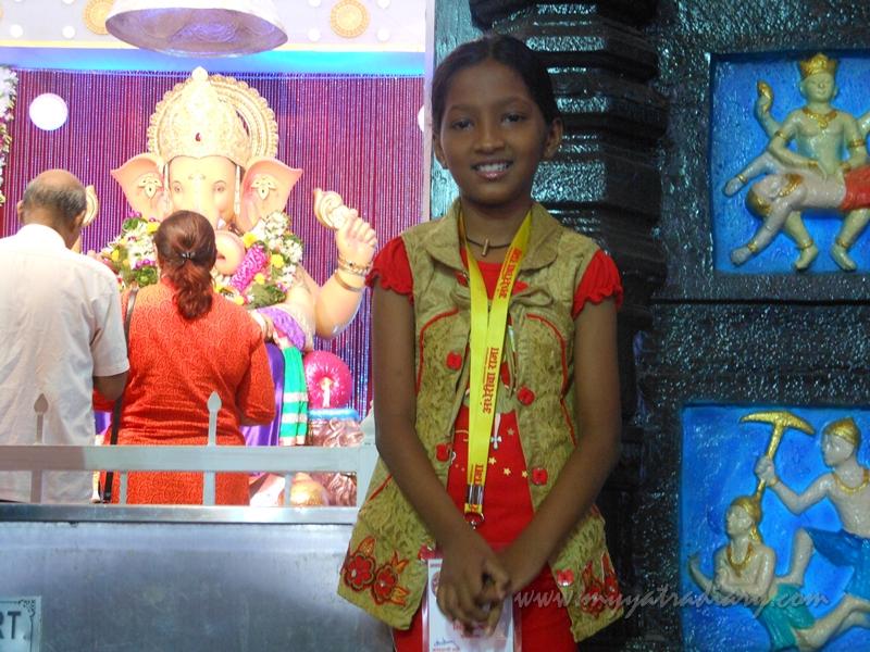 A sweet devotee at Andhericha Raja Ganesha pandal, Mumbai