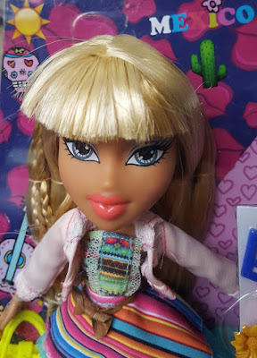 close up Bratz Doll Raya review