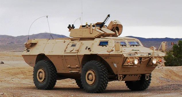 """Сједињене Америчке Државе донирале су тзв. """"Kосовским безбедносним снагама"""" нова оклопна возила, преносе медији на албанском. """"Српска листа"""" добила камионе за смеће."""