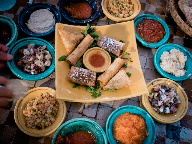 Cook traditional and delicious Moroccan cuisine
