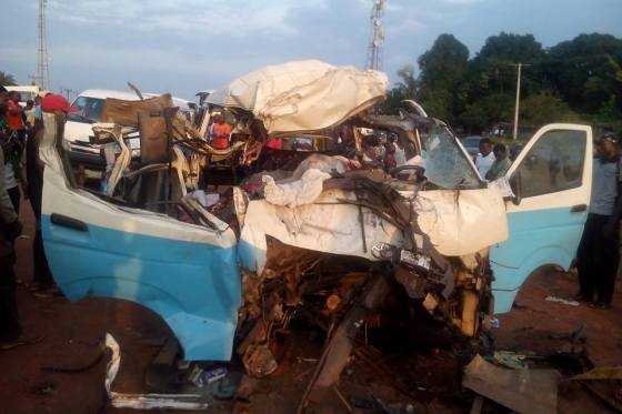 12 People Die In Delta Accident Graphic Photos Car