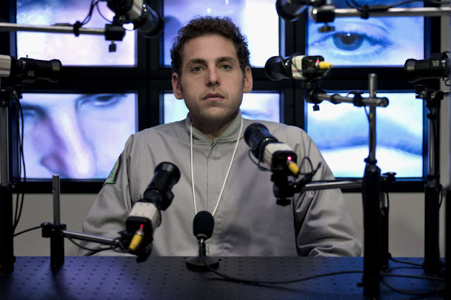 Owen podczas przesłuchania; wszystko jest nagrywane...