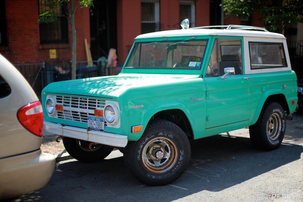 THE STREET PEEP: 1971 Ford Bronco