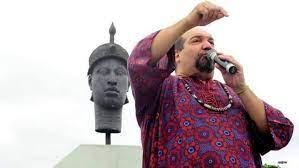 Ex-Rei Momo do Rio, jornalista e ativista morre de Covid-19