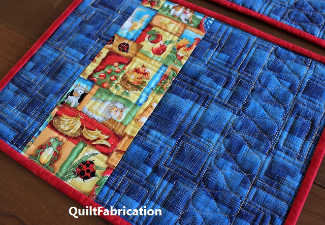 animal place mat backside by QuiltFabrication