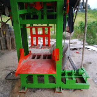 mesin batako pankal pinang