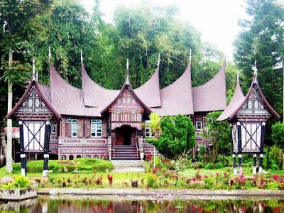 Sketsa Rumah Adat Sumatra Barat