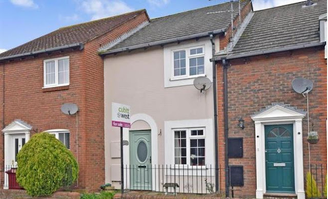 2 bed house, Phoenix Close, Chichester, West Sussex