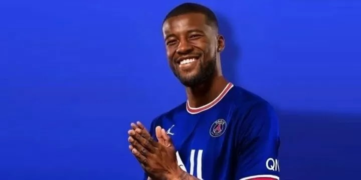 OFFICIAL: PSG confirm the signing of Wijnaldum on a 3-year deal