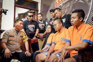 Umi Salmah Juga Sempat Kuras Showroom Mobil di Kota Malang