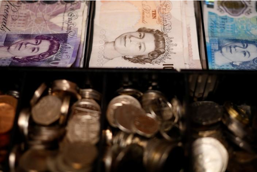 Sterling unmoved by retail sales data; Brexit eyed