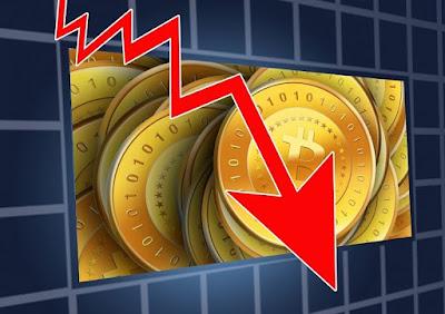 «Все указывает на массовые продажи». Почему биткоин обвалился до $43 тыс.