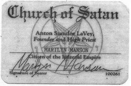 Carteira que oficializa Manson como membro da Igreja de Satã