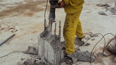 Khoan cắt bê tông khu công nghiệp Lê Minh Xuân