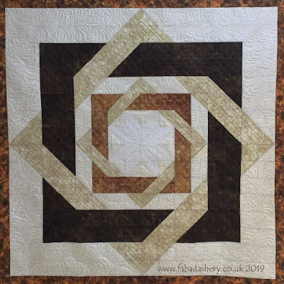 Wedding Anniversary Quilt, made by Mary,  quilted by Frances Meredith, Fabadashery Longarm Quilting