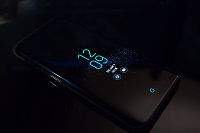 Top 17 myths related to our smartphones