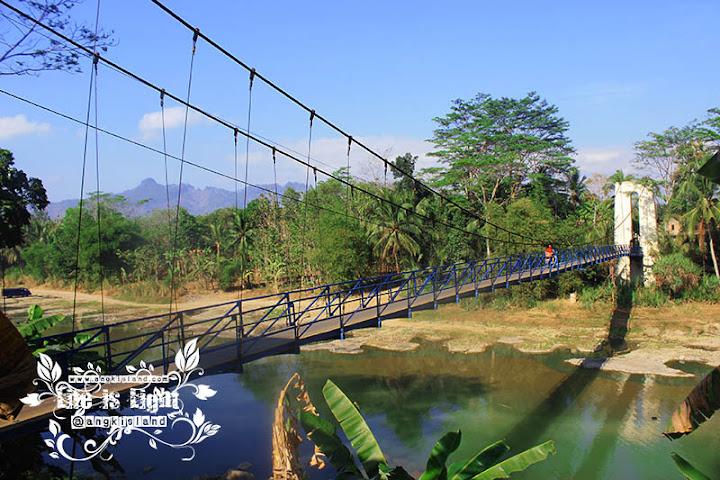 jembatan gantung karangsambung