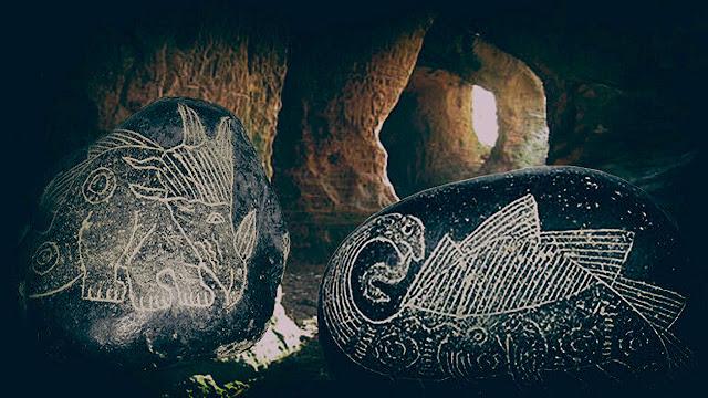 El enigma de las piedras con grabados de dinosaurios y tecnología ¿Evidencia de una remota civilización avanzada?
