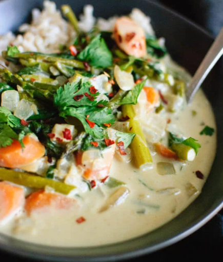 Thai Green Curry with Spring Vegetables #vegetables #caulilflower #mushroom #easy #dinner