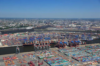 Hamburg's cargo volumes slightly down in 1H of 2017