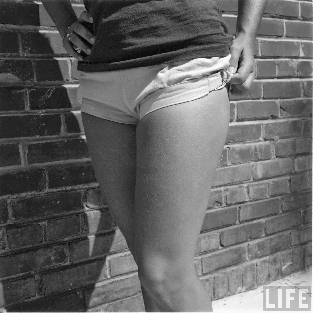 Short Shorts in the 1950s  vintage everyday