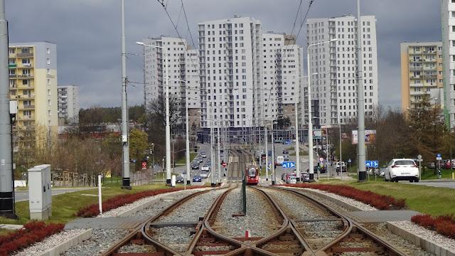Nowa Warszawska: budowa wymusza zmiany - Czytaj więcej »