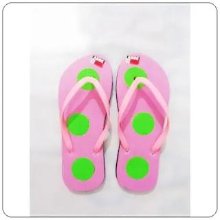 Sandal Cewe Totol Dws