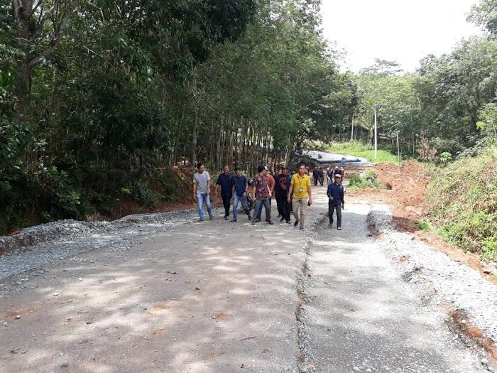 Ketua Komisi C DPRD Tubaba Soroti Pembangunan Ruas Jalan Daya Murni Menuju Mergodadi Diduga Asal Jadi