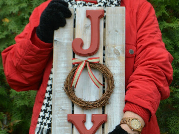 How To Make Rustic Wood Christmas Signs