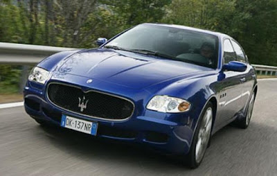 Maserati Quattroporte convenience: Power moonroof, Air conditioning
