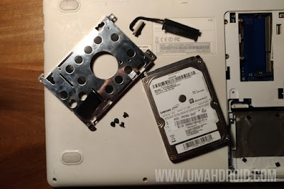 Melepas Bracket Hardisk Laptop Saat Upgrade SSD