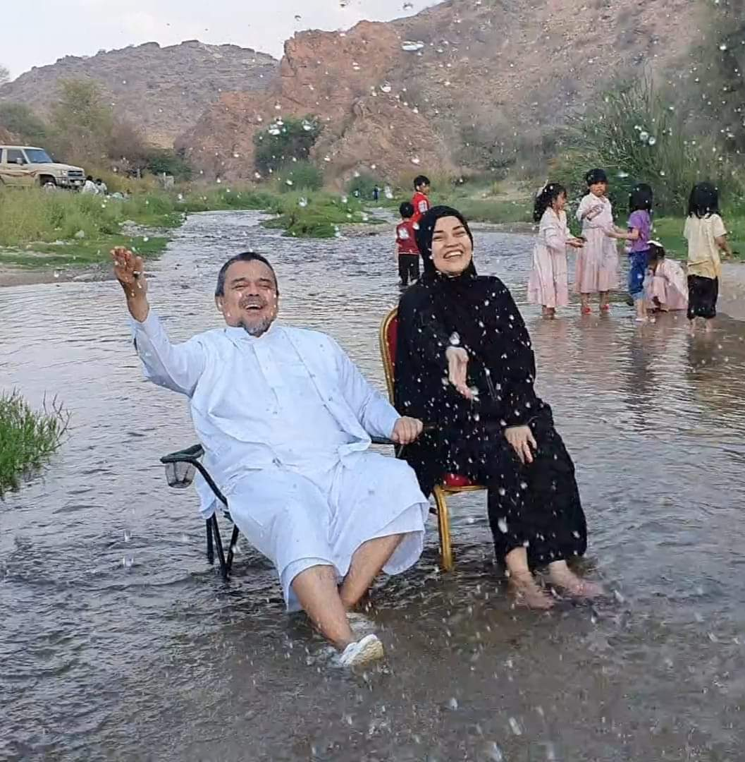 Video Bahagianya Habib Rizieq Dan Keluarga Saat Berada Di Thaif Saudi Arabia