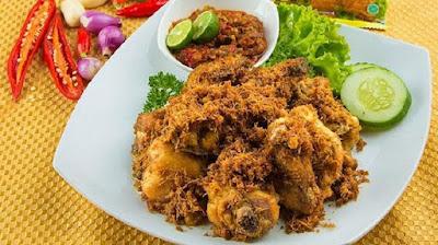 Resep Ayam Goreng Lengkuas yang Rasanya Enggak Kalah Sama Resto