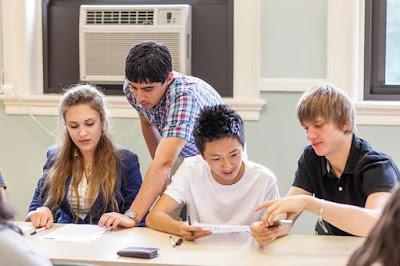 Kursus Bahasa Inggris Untuk Dewasa Di Jakarta EF Smart English