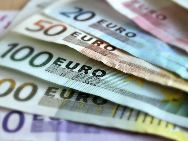 Γονικές παροχές: Αφορολόγητες έως 150.000 ευρώ για αγορά πρώτης κατοικίας