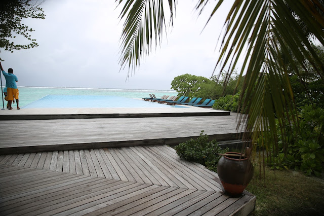 summer island maldives resort maldive pool