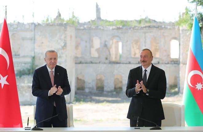 Recep Tayyip Erdoğan ve İlham Aliyev Şuşa'da